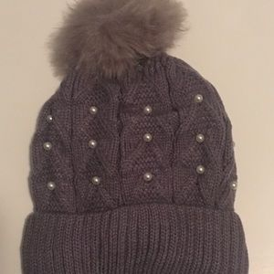 Women grey knit Perl accent hat